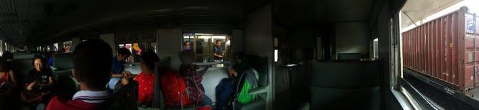 对Hatyai的火车 图库摄影
