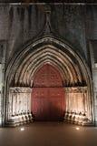 对Igreja的哥特式门在里斯本做卡尔穆 库存照片