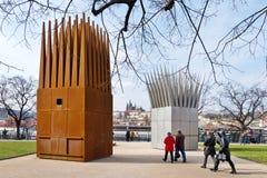 对Jan Palach,淡色啤酒堤防,老镇联合国科教文组织,布拉格,捷克的纪念品 免版税库存图片
