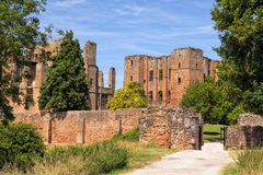 对Kenilworth城堡,沃里克郡的入口 免版税库存照片