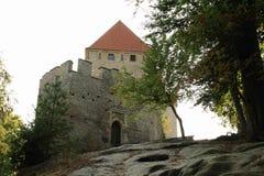 对Kokorin城堡的大门 免版税库存图片