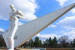 对Komsomol成员的纪念碑 库存图片