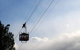 对Lagazuoi的缆车,白云岩,威尼托,意大利 库存图片