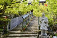 对Maniden霍尔的楼梯在寺庙的,日本Daisho 免版税库存图片