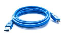 对microusb 3的蓝色缆绳usb 库存照片