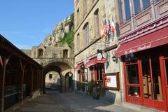 对Mont St米谢尔中世纪镇的入口  免版税库存照片