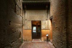 对Nasrid宫殿阿尔罕布拉宫安大路西亚西班牙的入口 图库摄影