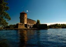 对Olavinlinna城堡,萨翁林纳,芬兰的看法 免版税库存图片