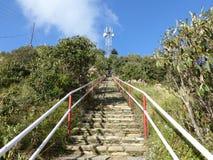 对Poon小山,尼泊尔的台阶 免版税库存图片