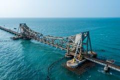 对Rameshwaram的铁路桥 免版税图库摄影