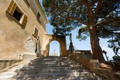 对Sanctuary de Sant萨尔瓦多,马略卡的入口 免版税库存照片