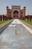 对Taj Mahal的巨大门入口 免版税图库摄影