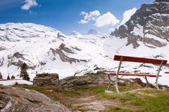 对Titlis, Engelberg,瑞士的美丽的景色 库存照片
