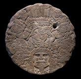 对Tlaltecuhtli的石法坛盘 库存图片
