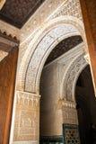 对Torre与富有的装饰的de科马雷斯的入口 库存照片