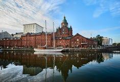 对Uspenski大教堂的一个看法在赫尔辛基 库存照片