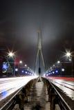 对Vansu桥梁的一个晚上视图 库存图片