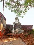 寺庙和菩萨的废墟在阿瓦村庄 图库摄影