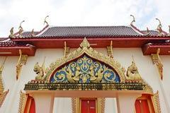 寺庙在庄他武里,泰国,致力于崇拜或者被认为寓所,或者religio其他对象大厦  库存图片