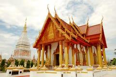 寺庙在Renunakhon Nakhonphanom泰国 免版税库存照片