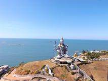 寺庙复合体在Murdeshwar 免版税库存图片