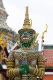 寺庙大雕象在泰国 免版税库存图片