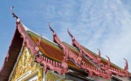 寺庙山墙饰 库存照片
