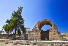寺庙废墟在科林斯湾,希腊 库存照片