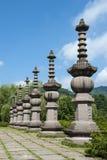 寺庙废墟的石专栏 免版税库存照片