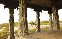 寺庙柱子 免版税库存图片