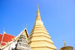 寺庙的古老监护人在泰国 免版税库存图片