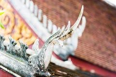 寺庙的屋顶的边缘在Louangphabang,老挝 特写镜头 库存图片