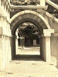 寺庙的拱道 免版税库存图片