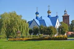 寺庙的看法以纪念上帝标志`和圣徒雅各布` s路德教会的母亲的象的 图库摄影