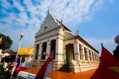 寺庙的菩萨在Ubon泰国的 图库摄影