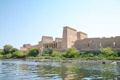 寺庙菲莱在尼罗河 库存图片