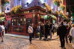 寺庙酒吧客栈在夜之前 免版税图库摄影