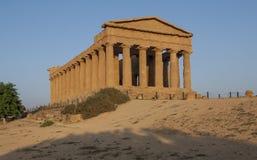 寺庙阿哥里根托西西里岛意大利欧洲的一致谷寺庙  库存照片