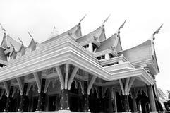 寺庙建筑学黑白照片 免版税图库摄影