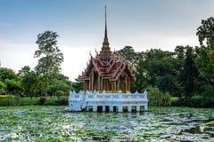 寺庙Suan Luang Rama IX公园,曼谷亭子地标  免版税库存照片