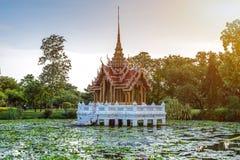 寺庙Suan Luang Rama IX公园,曼谷亭子地标  库存图片