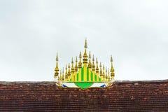 寺庙Wat Sensoukaram的屋顶在Louangphabang,老挝 复制文本的空间 免版税库存图片
