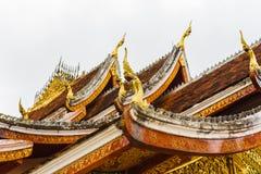 寺庙Wat Siengthon的屋顶在Louangphabang,老挝 特写镜头 免版税图库摄影