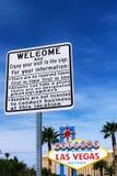 导向板和欢迎向美妙的拉斯维加斯签字 库存照片