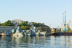 导弹小船953和955在导弹小船在检疫海湾的黑海舰队295th苏利纳分裂的构成  免版税库存图片