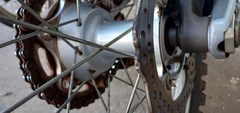 导线线摩托车 免版税库存图片