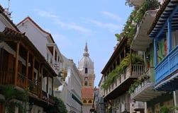 导致大教堂的阳台看法在卡塔赫钠,哥伦比亚 免版税库存照片