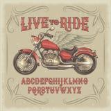 导航一种红色葡萄酒字体的例证,与减速火箭的习惯摩托车的拉丁字母 库存例证
