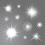 导航在透明背景集合的明亮的发光的轻的太阳和星爆炸 免版税库存图片