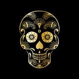 导航有花卉样式的金黄糖头骨在黑背景 糖头骨的豪华例证墨西哥人的亡灵节 库存图片